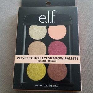 Brand new unopened e.l.f. velvet touch palette